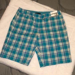 Manhattan Chino Bermuda Shorts